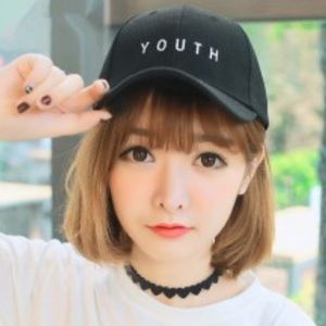 🆕🧢Urban Outfitters Black YOUtH Baseball Cap🧢